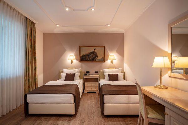 Twin- / Doppelzimmer | Hotel an der Messe | Frankfurts Geheimtipp · Reisende · Urlauber