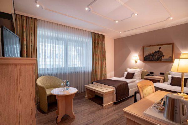 Einzelzimmer | Hotel an der Messe | Frankfurts Geheimtipp · Reisende · Urlauber