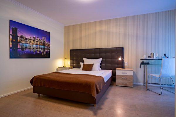 Zimmer 16 | Hotel an der Messe | Frankfurts Geheimtipp · Reisende · Urlauber