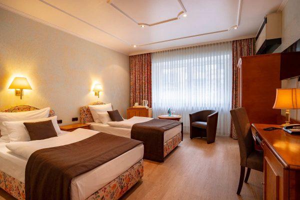 Twin / Doppelzimmer | Hotel an der Messe | Frankfurts Geheimtipp · Reisende · Urlauber