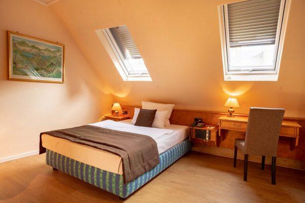 Zimmer 52 | Hotel an der Messe | Frankfurts Geheimtipp · Reisende · Urlauber