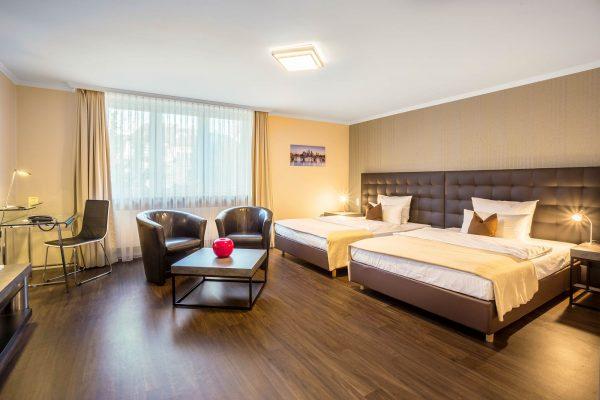 Zimmer 17 | Hotel an der Messe | Frankfurts Geheimtipp · Reisende · Urlauber